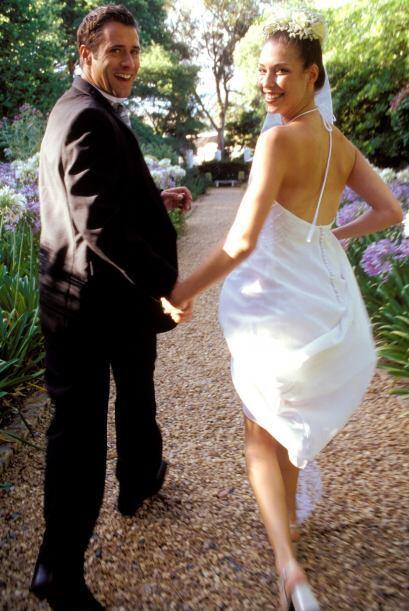En Venezuela la fiesta de boda muchas veces termina sin los novios. Ésto...