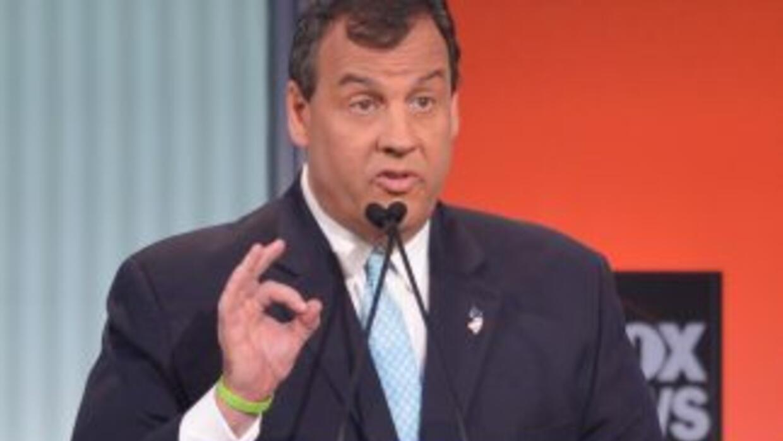 El gobernador de Nueva Jersey Chris Christie durante el primer debate pr...
