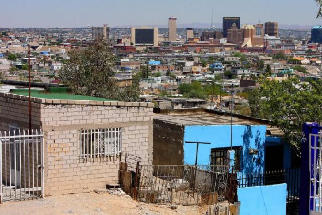 Situadas a escasa distancia, las ciudades fronterizas de Ciudad Juárez y...