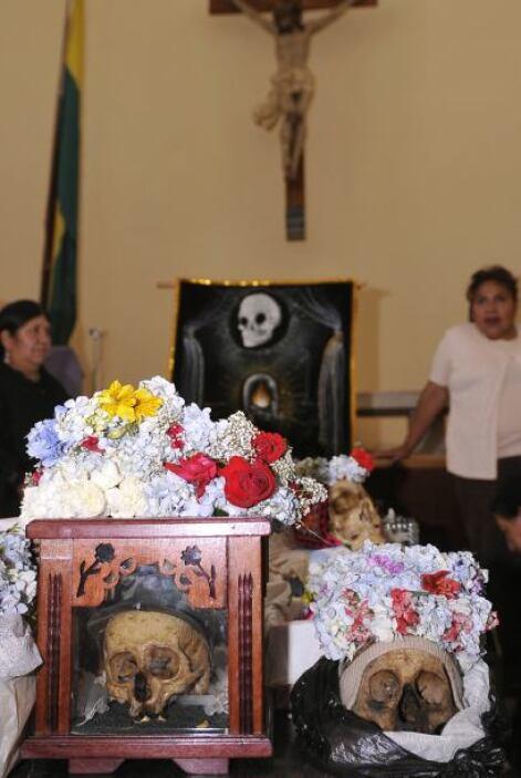 Así, Juancho se llama la calavera que se encuentra en una comisaría de E...