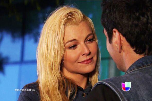 Te sacaste la lotería con Chava, Sofía. Ahora a disfrutar de su amor. ¡B...