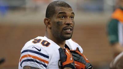 El ala defensivo duró cuatro temporadas con los Bears (AP-NFL).