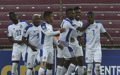 Panamá sufre ante Nicaragua pero consigue sus primer triunfo en la Copa...