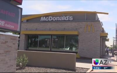 Activistas protestan contra la cadena McDonald's por supuesto acoso sexual