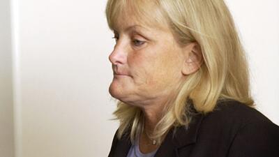 Debbie Rowe acusa que todos los médicos de Jackson contribuyeron a su mu...