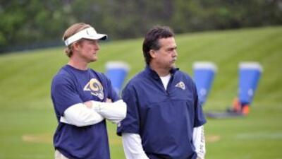 Les Snead y Jeff Fisher (AP-NFL).