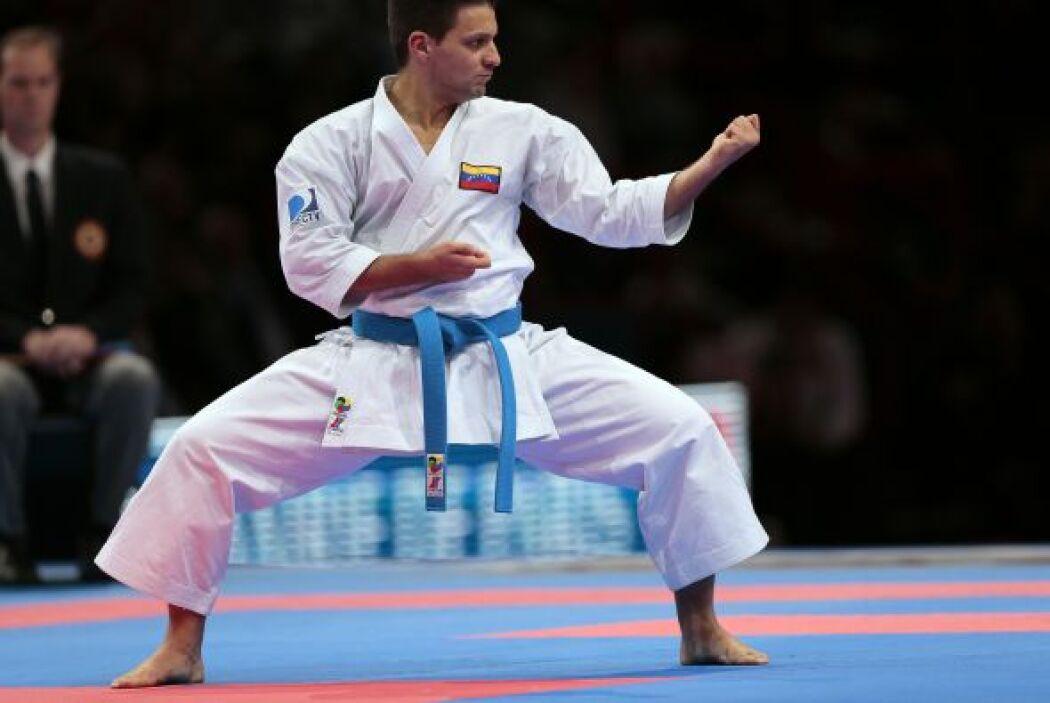"""El karateca Antonio Diaz (@diazkarate): """"Paz a su alma. Mis condolencias..."""
