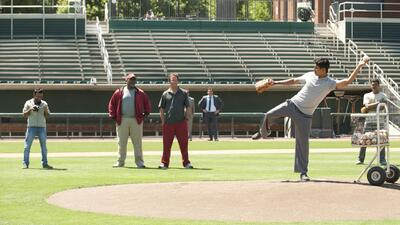 Million Dollar Arm - Clip: ¡Un zurdito con estilo!