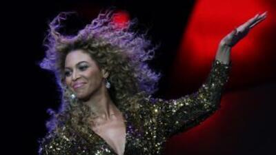 Beyoncé se une a otras famosas para alentar a las mujeres a que no tenga...