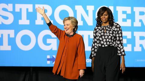 Donald Trump y Hillary Clinton sacan sus mejores armas en la guerra por...