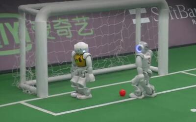 Universidades del mundo se enfrentan en la Copa de fútbol de Robots en C...