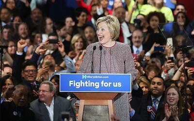 Clinton asegura tener más de 10 millones de votos hasta ahora en las pri...