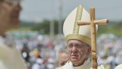 El Papa Francisco preside su primera celebración Eurarística en Guayaqui...