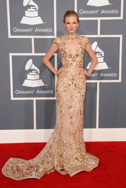 Los 'looks' estilo sirena son uno de los favoritos de Taylor. Su increíb...