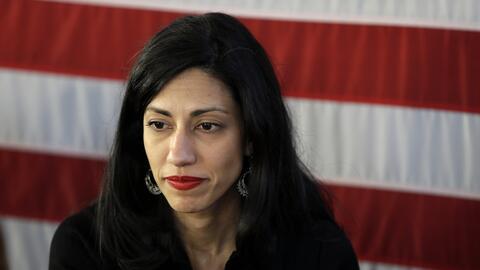 Huma Abedin, asesora de  Hillary Clinton, en un evento de campaña en Sta...