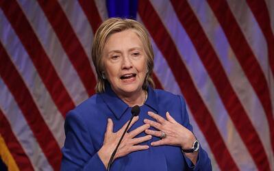 Hillary Clinton recuerda la historia de su madre para reflejar el moment...