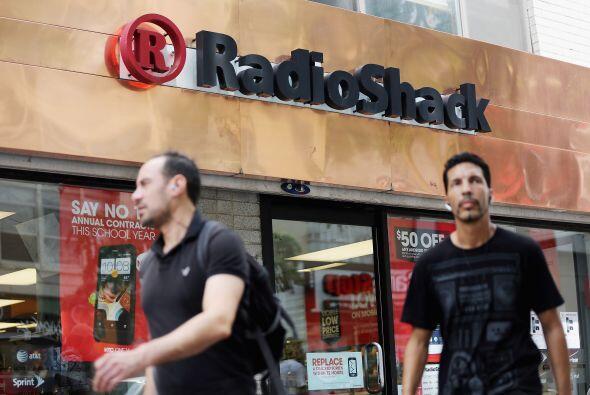 RADIOSHACK- Esta tienda que vende electrónicos estará abierta desde las...