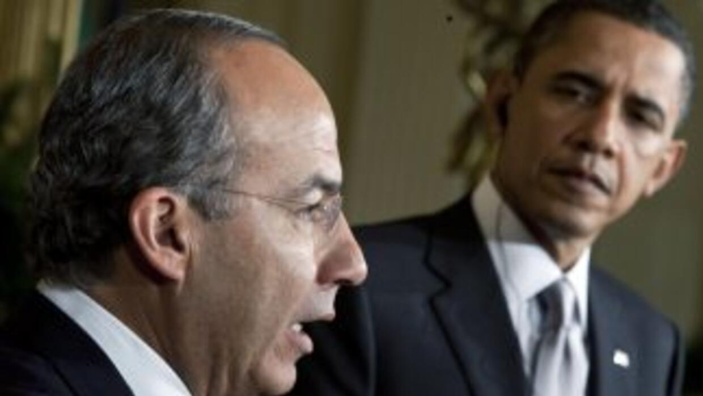 Los presidentes de México y EU, Felipe Calderón y Barack Obama, se reuni...