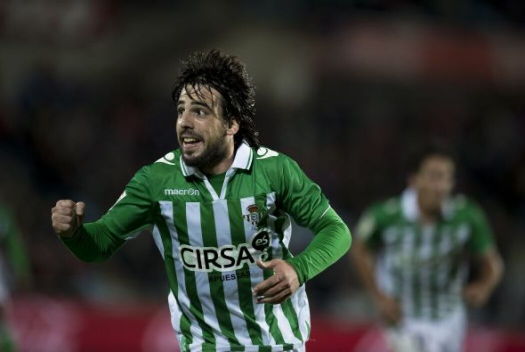 Un jugador que sigue su crecimiento deportivo, Beñat Etxebarria del Betis.