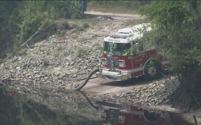 Residentes al sur de Georgia se niegan a evacuar la zona afectada por el...