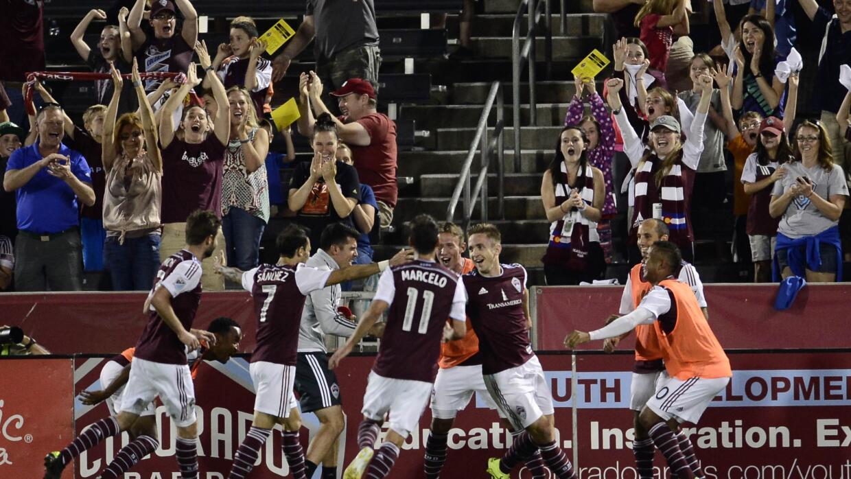 Colorado Rapids celebra triunfo sobre Sporting KC