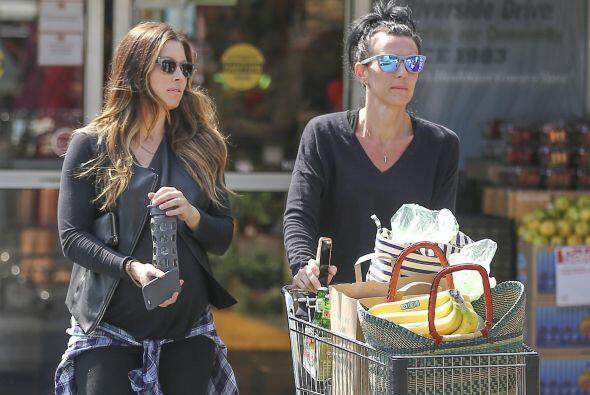 Esta vez los paparazzi la captaron de compras.