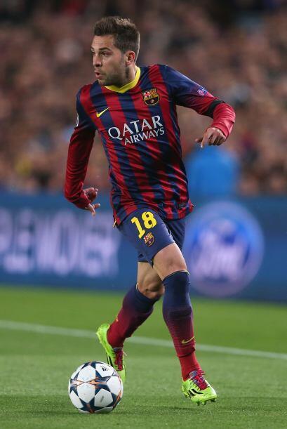 Jordi Alba (7): El mejor de la zaga azulgrana en la primera mitad. Subi&...