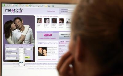 Conoce los riesgos de buscar amor por internet