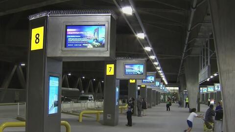 Después de intensas reparaciones, reabre la terminal de buses en el puen...