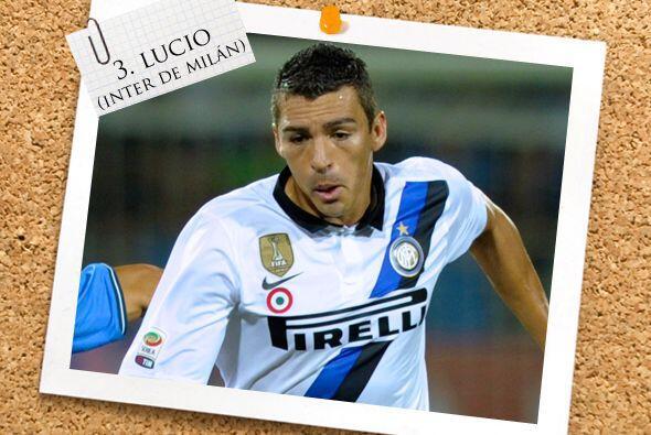 Otro jugador interista aparece en nuestro Once, Lucio.
