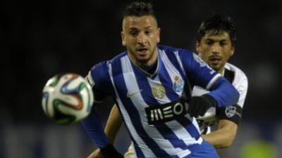 Los 'Dragones', con el último empate, se alejan del líder portugués.