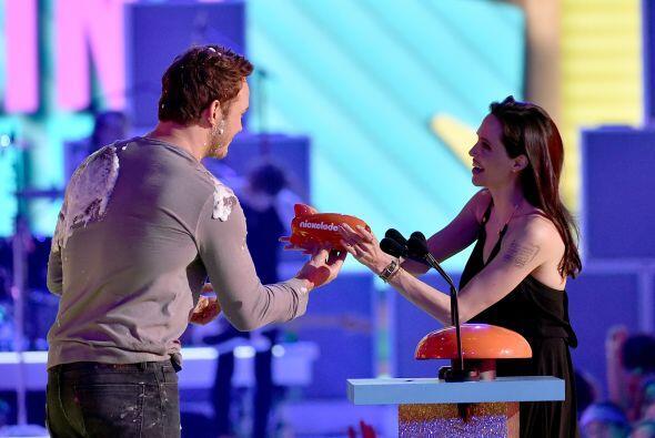 Recibió su premio por parte de Chris Pratt.