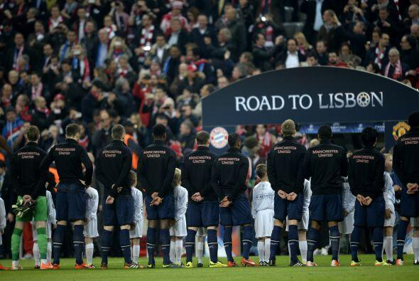 Por su parte, el Manchester United visitaba el Allianz Arena luego de em...