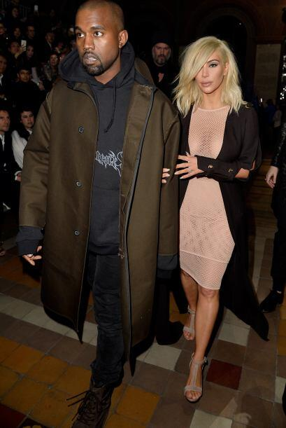 La Kardashian otra vez dio de qué hablar con uno de sus outfits.