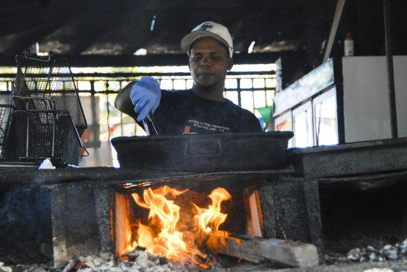 El barrio de Piñones, en Loiza, es uno de los mejores lugares para comer...