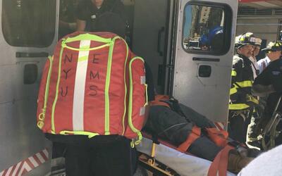 Lugo Marín fue trasladado en ambulancia al hospital Bellevue, don...