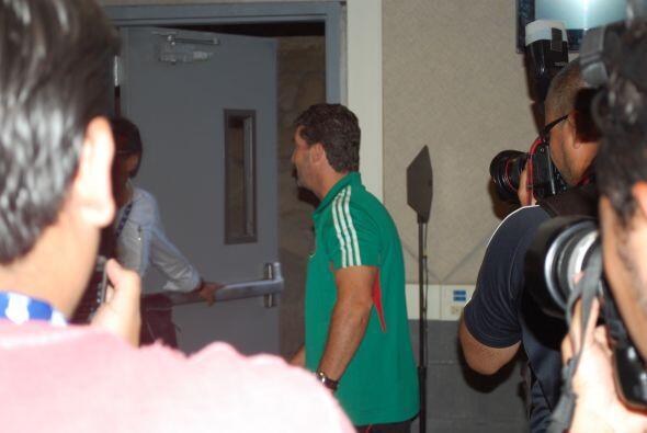 Al termino de esto, partió junto con sus jugadores. México...