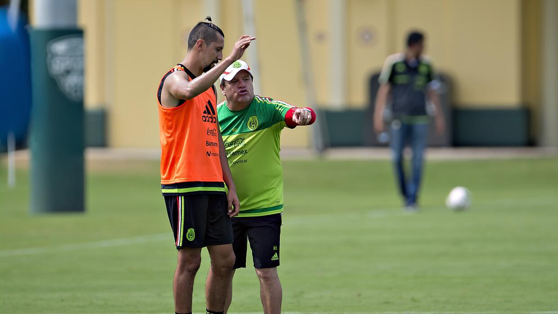 Yasser Corona.