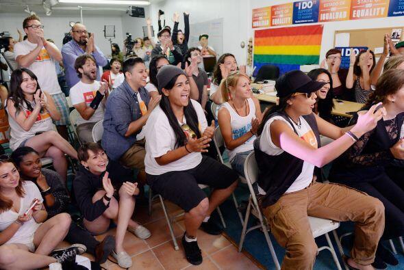 Activistas en pro de la unión gay y el presidente Barack Obama, c...