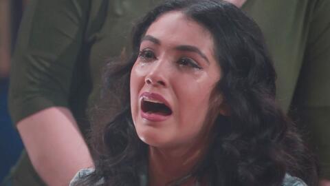 Las chicas rindieron homenaje a Jenni Rivera cantando 'Paloma negra'
