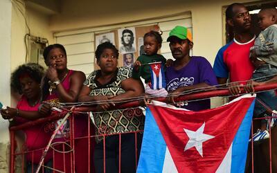 ¿Qué va a pasar con los cubanos que esperaban cruzar a Estados Unidos de...