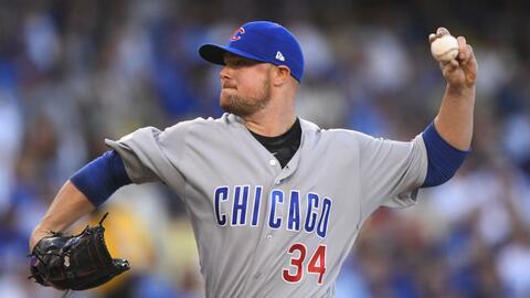 Lester guió a los Cubs a una victoria clave en el Juego 5 ante lo...