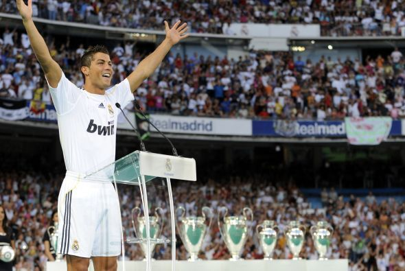 En junio de 2009, el Real Madrid desembolsó 94 millones de euros por el...