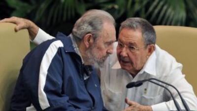 """Cuba """"no reconoce al Consejo Nacional de Transición ni a ninguna autorid..."""