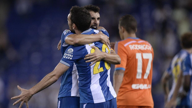 Espanyol se reivindica y vence al Valencia