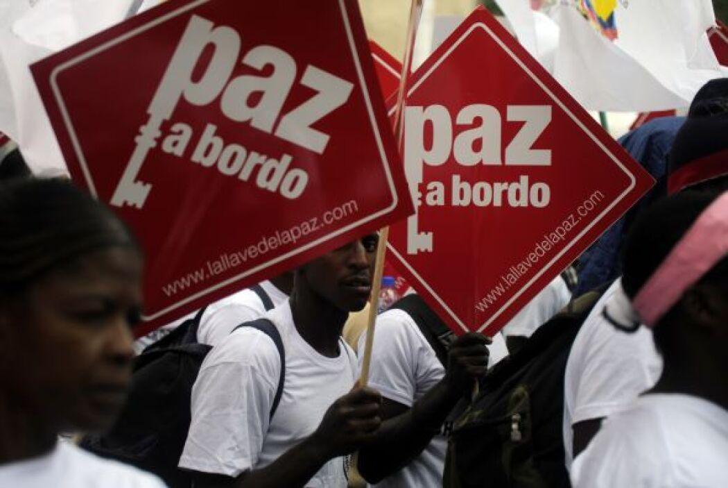 """Jóvenes de la izquierdista """"Marcha Patriótica"""", liderada por la exsenado..."""