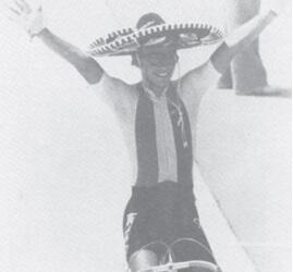 Manuel Youshimatz en el festejo por su medalla de bronce en Los Angeles 84.