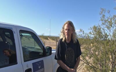Un anglosajón que recorre cientos de millas en el desierto de Ari...