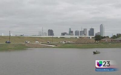 Encuentran cuerpo en área del río Trinity