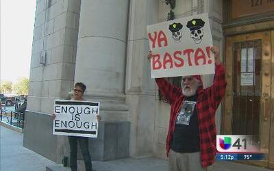 Residentes protestan por caso de estudiantes mexicanos